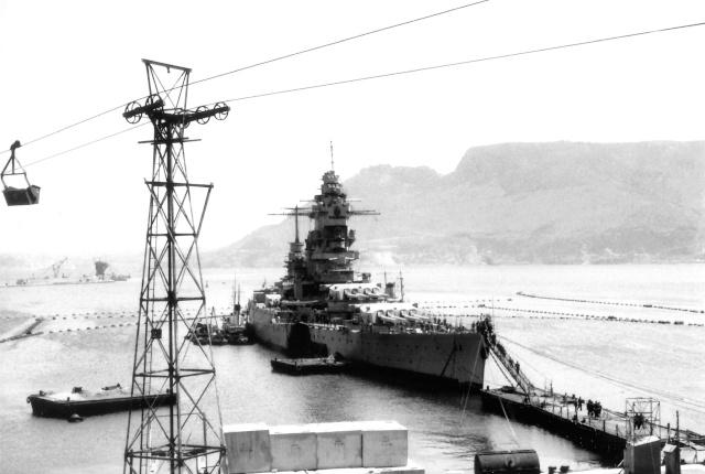 Le sabordage de la Flotte à Toulon (83) 27/11/1942 - Page 9 Mers_e10