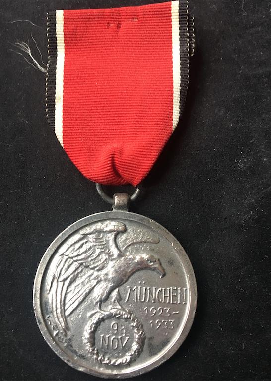 """Médaille de l'Ordre du Sang """"Blutorden"""" Captur13"""