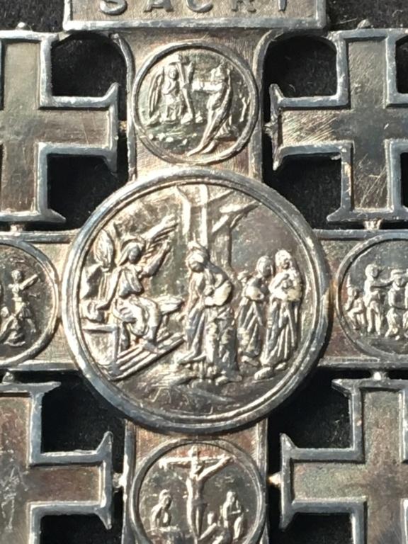 Croix de Jérusalem - Vatican Img_2821