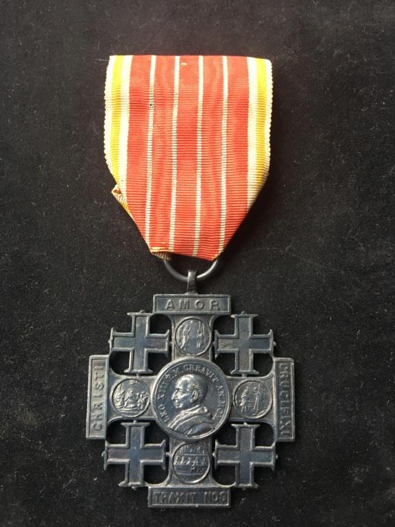 Croix de Jérusalem - Vatican Img_2822