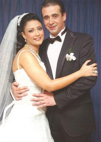 صور كريم عبد العزيز وزوجته N1108525