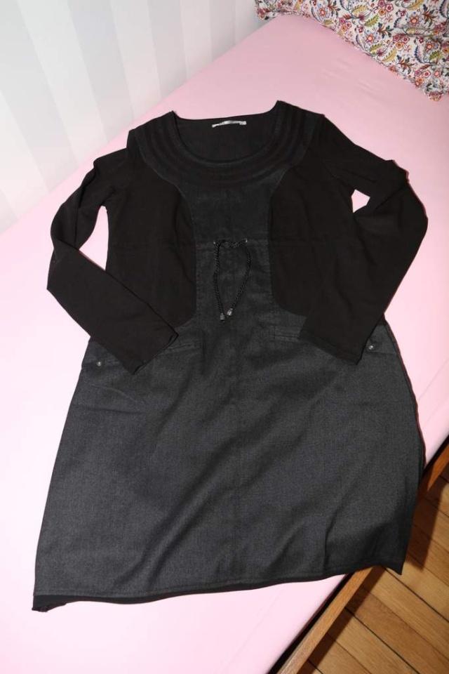 Robe DDP noire VENDUE Img_3510