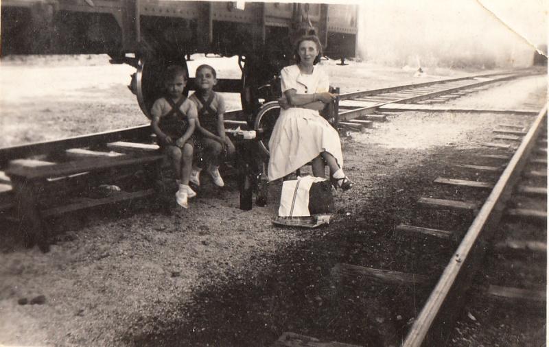 Les Trains... du désert et d'ailleurs - Page 3 Img_0055
