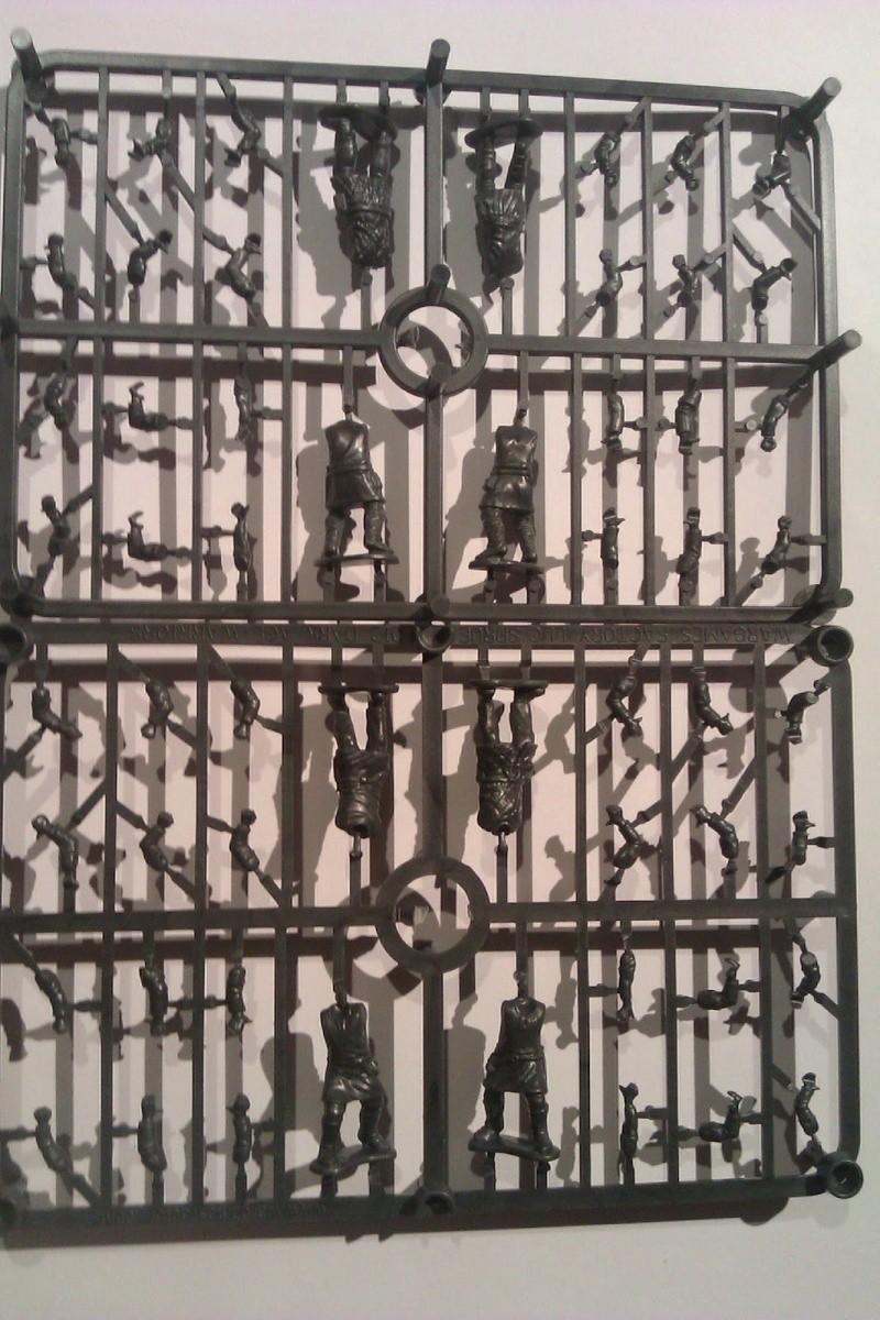 Bandes SAGA avec des figurines plastiques Archer10