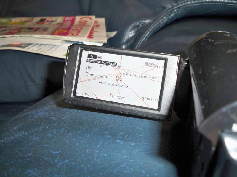 appareil photo avec GPS inclus.  - Page 2 Gps10