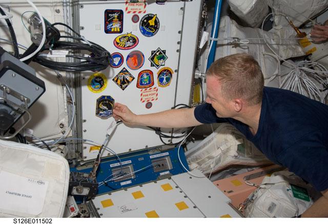 [STS-126] Endeavour : La mission - Page 17 S126e010