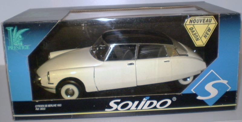 Citroën DS 1/18° SOLIDO Solido15