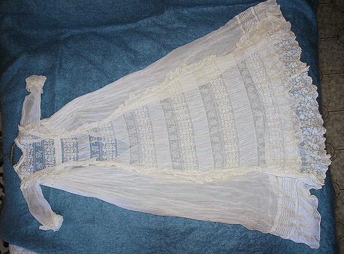 Robe du Baptême de vannades P4101811