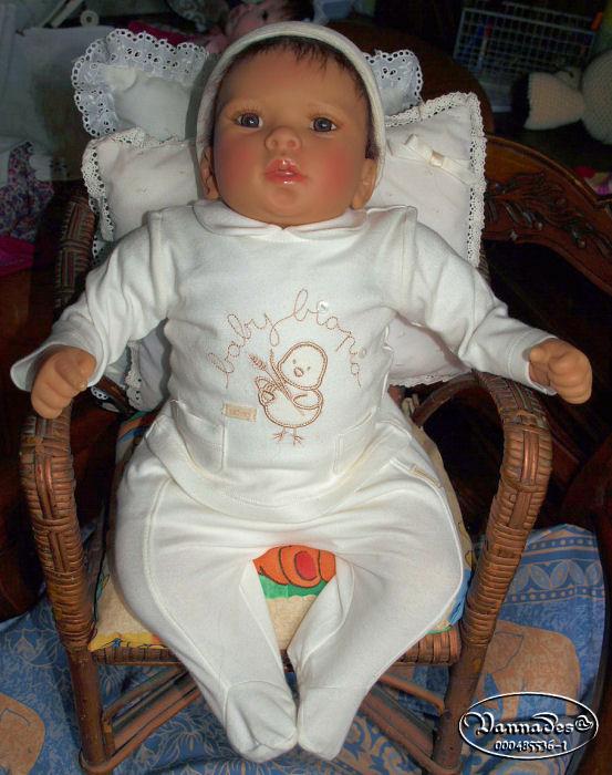 Un bébé fait comme un Reborn ??? P4202111