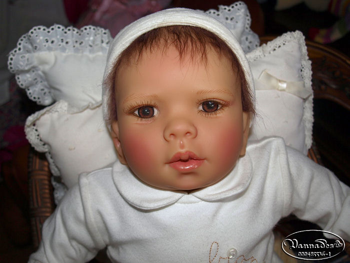Un bébé fait comme un Reborn ??? P4202113