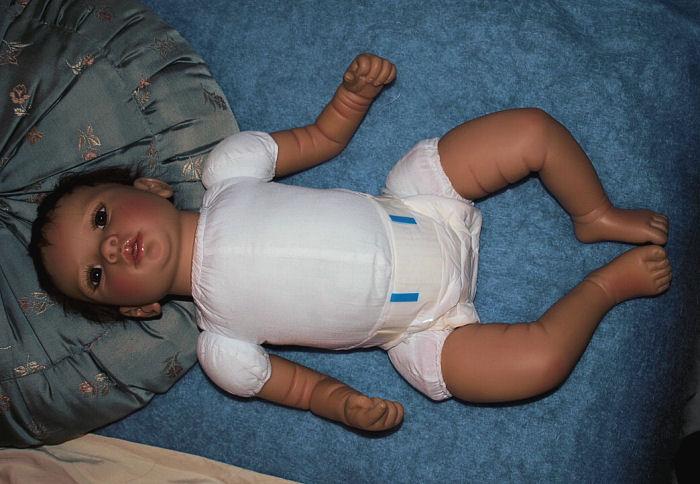 Un bébé fait comme un Reborn ??? P4202114