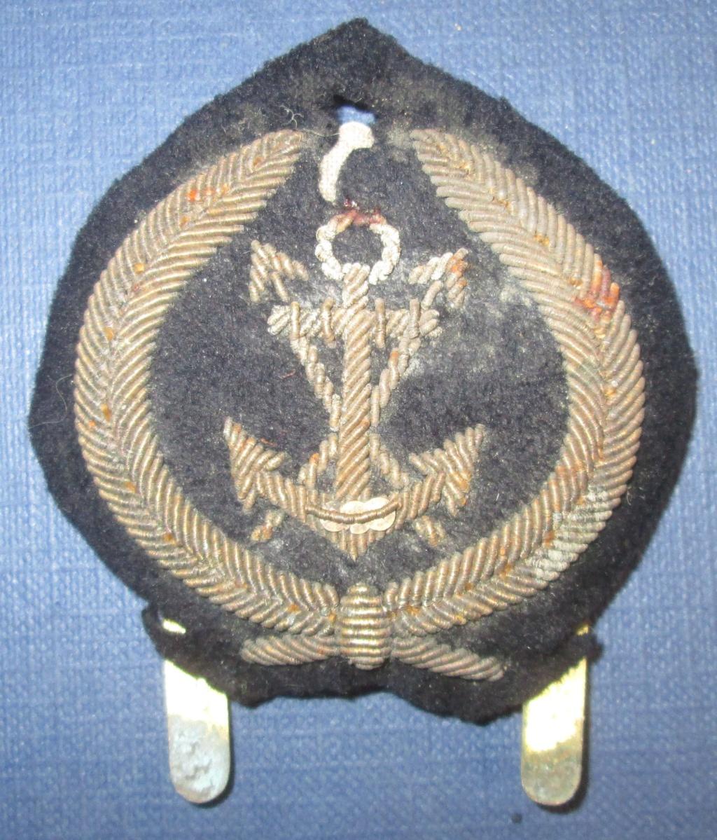 Attribut de casquette marine avec ancre et fleches? Img_5510