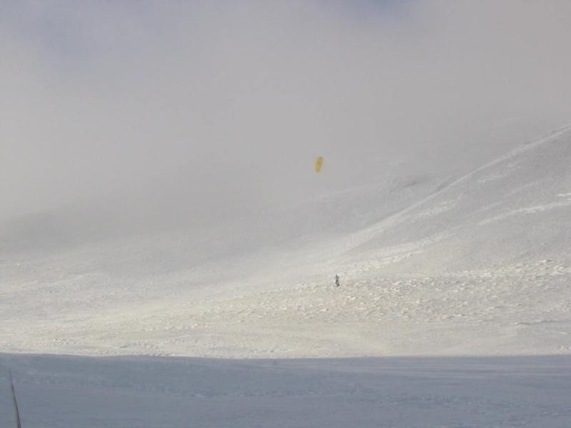 Venant Martin en pionnier du snowkite à Font d'Urle Img_1111
