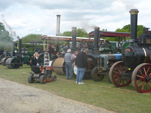 Laugton Show 25th,26th & 27th May Laught11