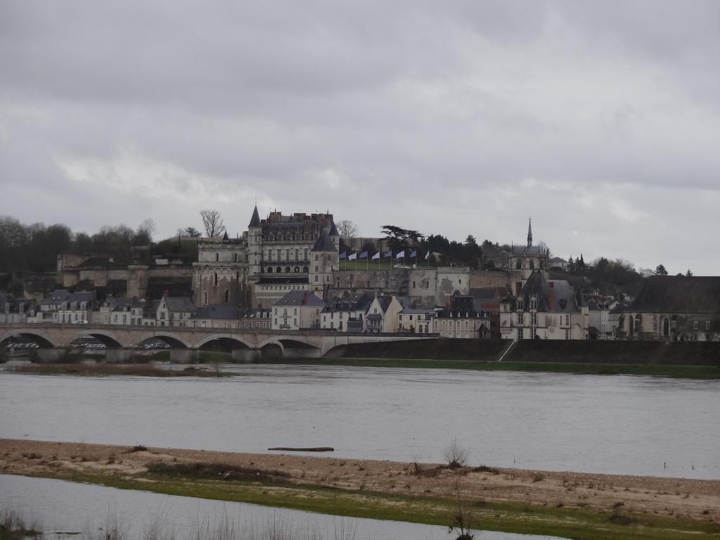 BALADE Chateaux de la Loire et Val de Loire 13-14 Avril 2013 - Page 4 Dsc00311