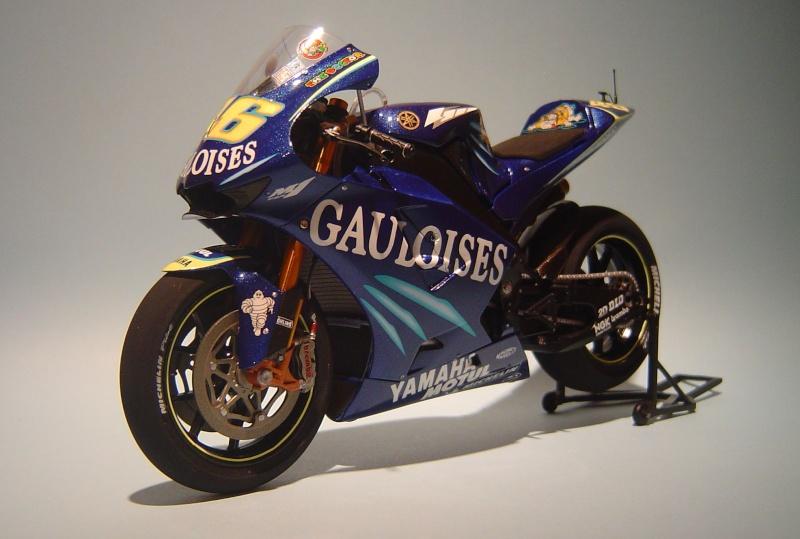 Yamaha YZR M1 2004 Valentino Rossi Dsc04150
