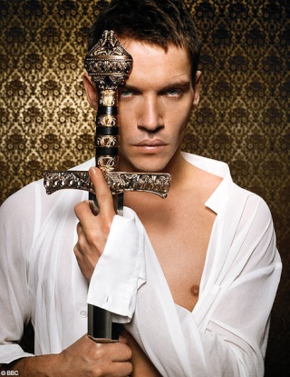 Johnathan Rhys-Meyer / Henry VIII [Saisons 1 à 3] Tudors15