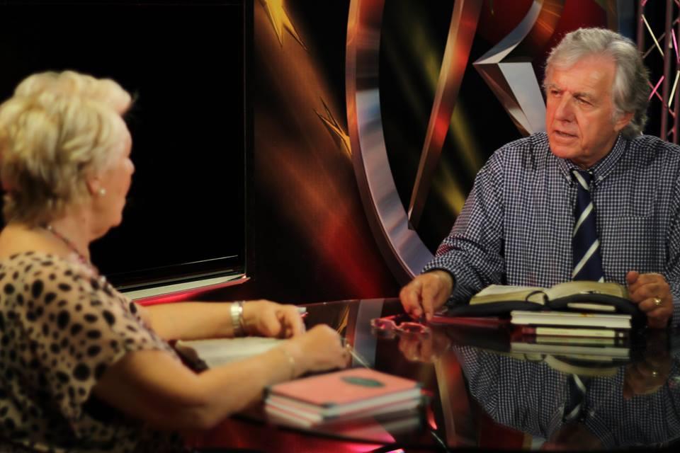 REVELATION TV Live PROGRAMS- BIBLE STUDY & MIDDLE EAST REPORT Bredac10