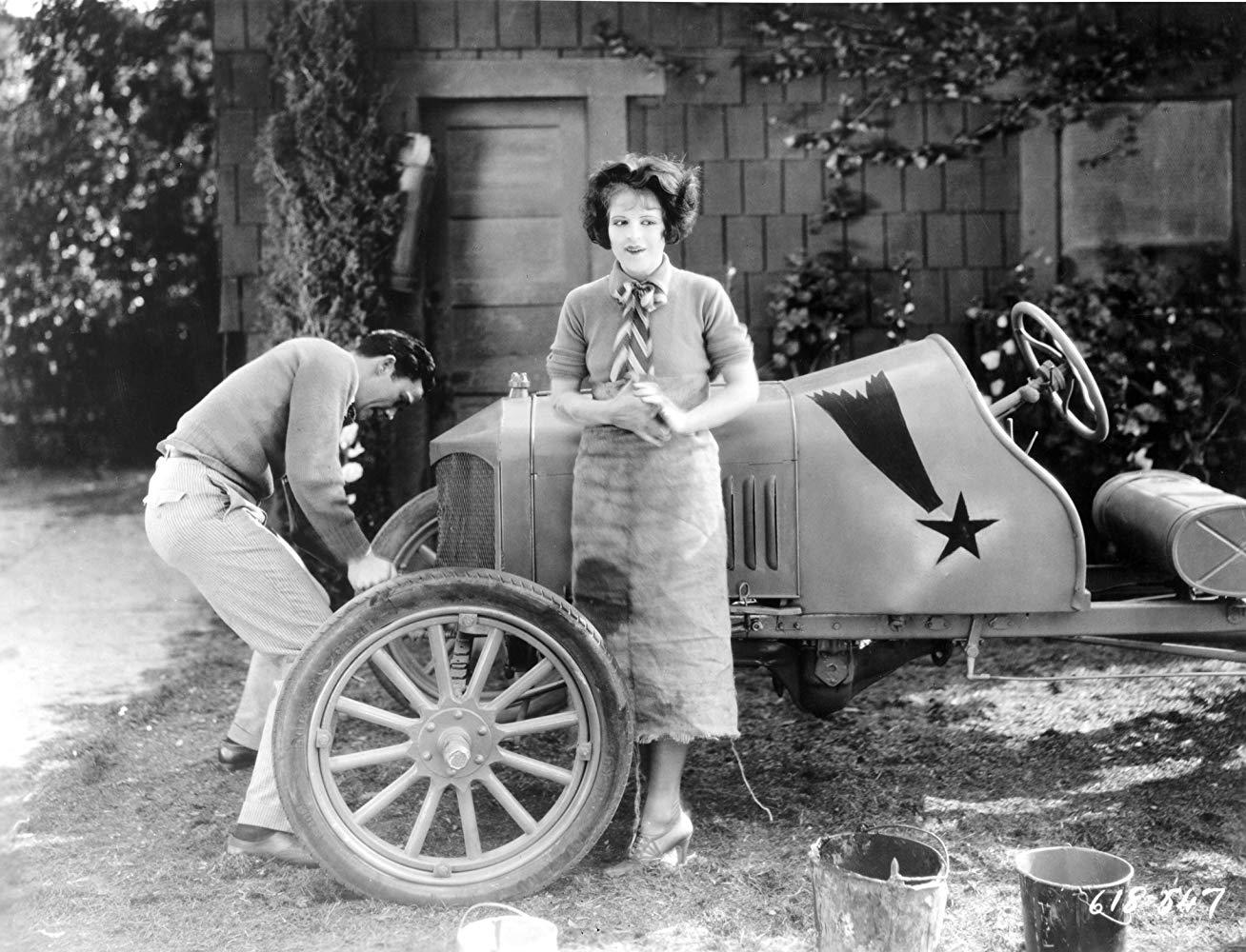 1927 - Wings - 1st Academy Award Chooti10