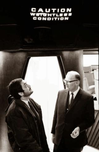 1968 - 2001 l'Odyssée de l'espace - Kubrick Kcnew10