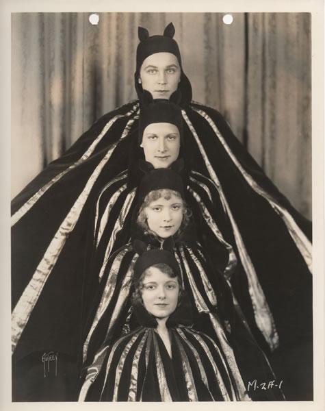 1928 - The  4 devils (lost movie of FW Murnau) Mv5bot10