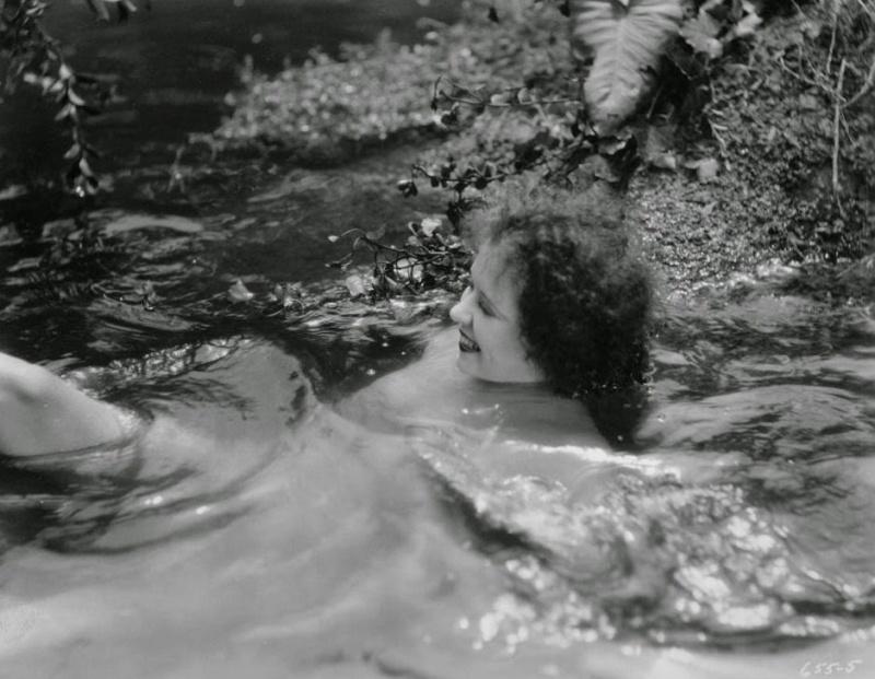 1927 - Hula Tumblr10