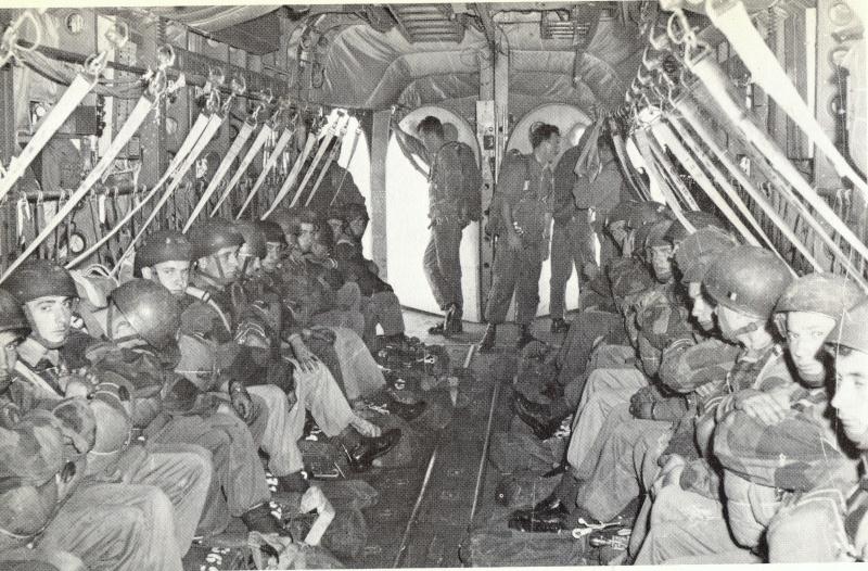 C 119 avion de transprt américain de la 2e guerre C_119-10