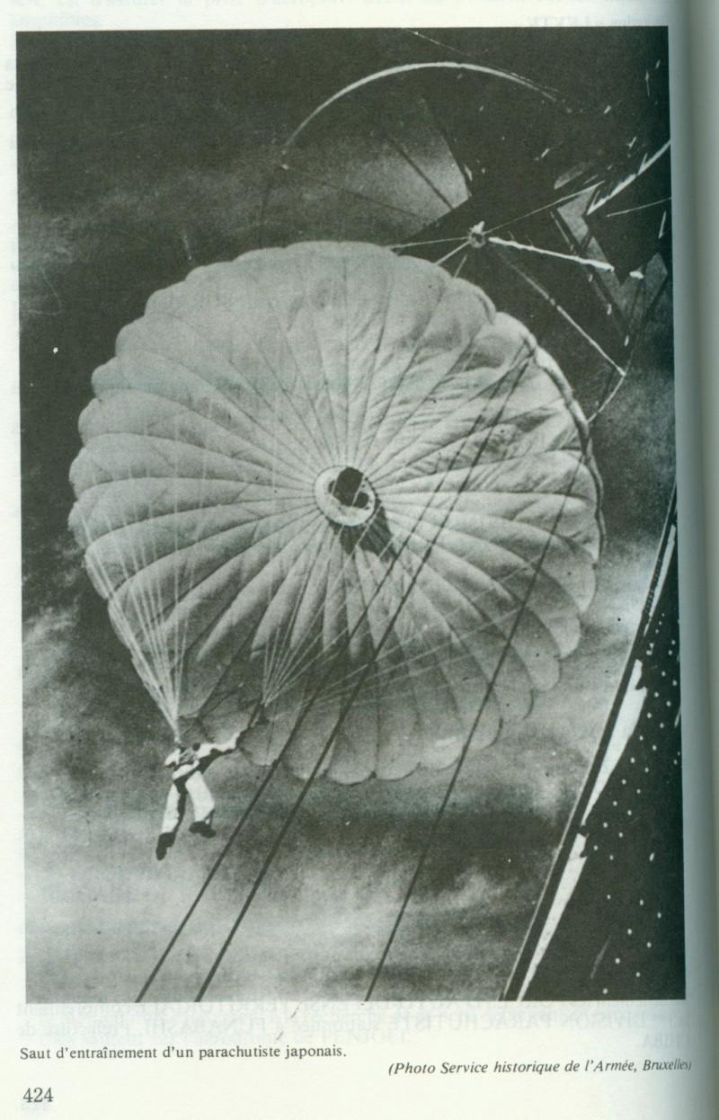 Les parachutistes japonais. Japon410