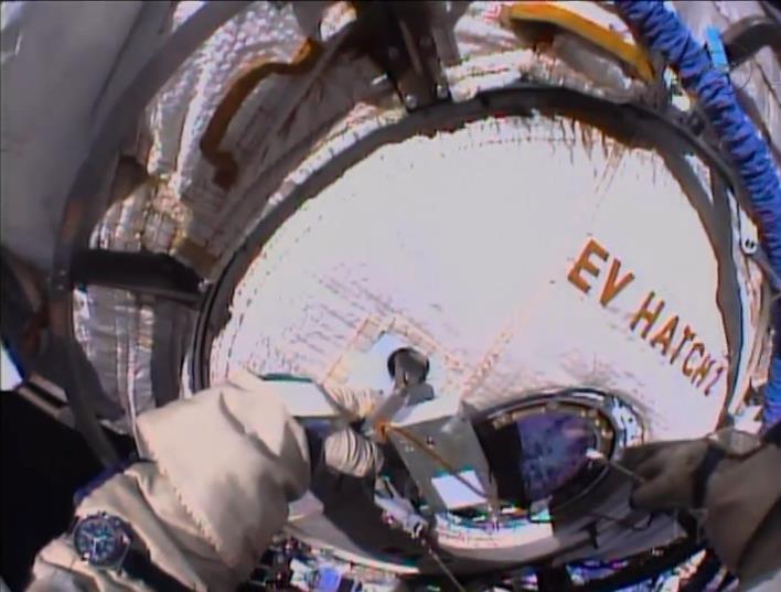 Expedition 36 (Déroulement de la mission) - Page 5 Scree144