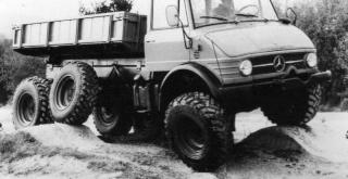 le 406 ou 416 à 6 roues 06400110