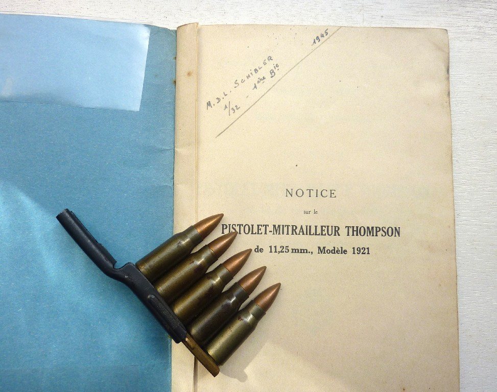 Thompson modèle 1921 au service des Français en Indochine Manuel11