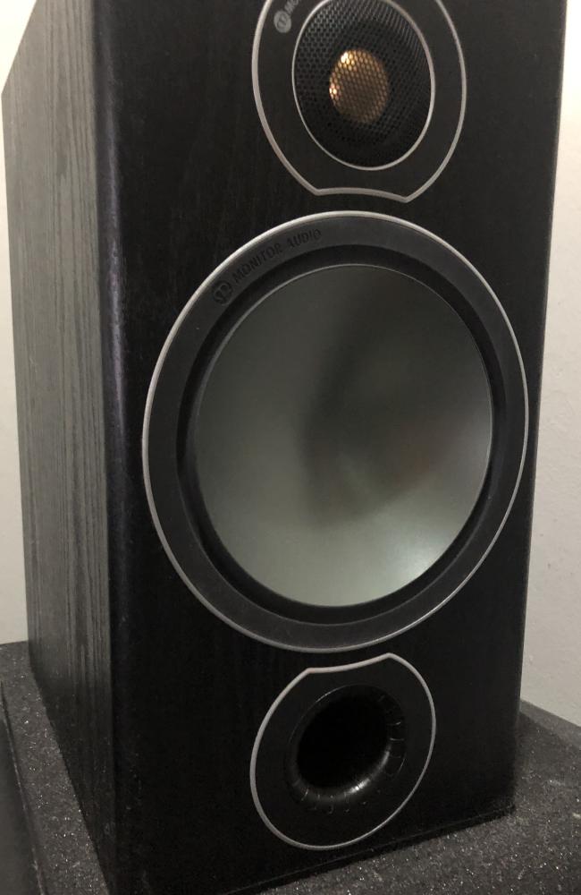 Monitor Audio Bronze Centre Speaker (Used) Img_4113