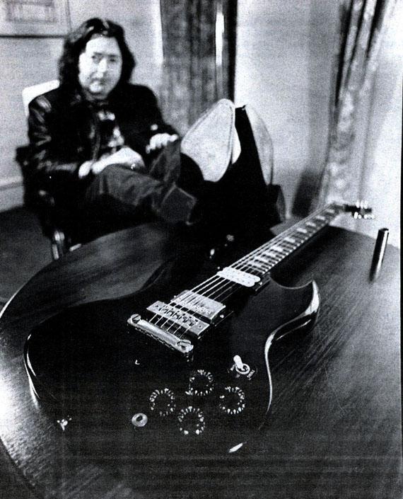 Guitares électriques - Page 2 Rory_g11