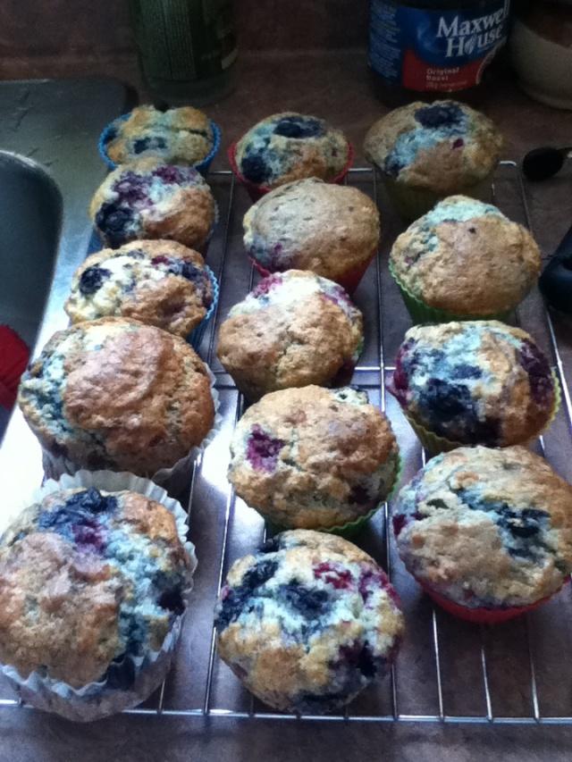 Muffins aux doubles fruits au lait de beurre Buttermilk Berry Muffins     12_muf10