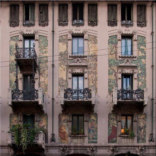 STREET VIEW : les maisons art nouveau  82236310