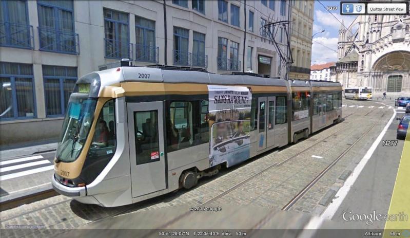 STREET VIEW : les tramways en action Tramwa11