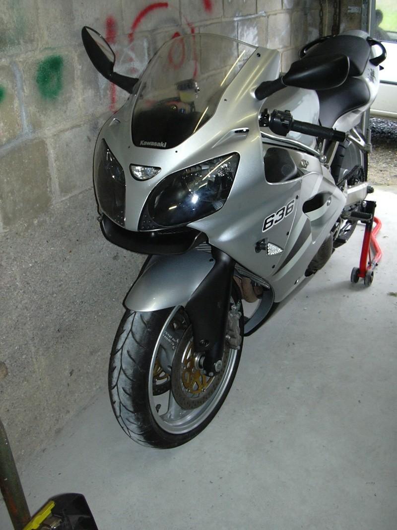 mon nouveau joujou ( zx 6 r 636 2003 k2 ) Dscn1410