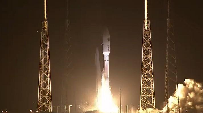 Atlas V 531 (AEHF-3) - 18.9.2013 Sans_t61