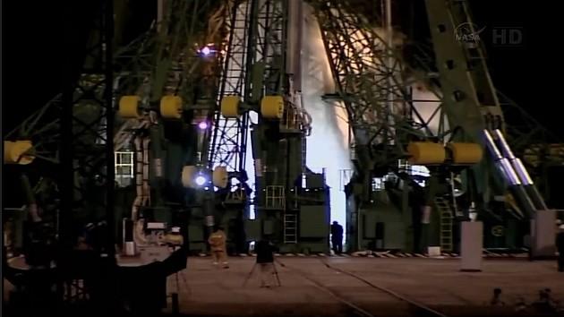 Lancement & fin de mission de Soyouz TMA-10M  - Page 3 Sans_t67