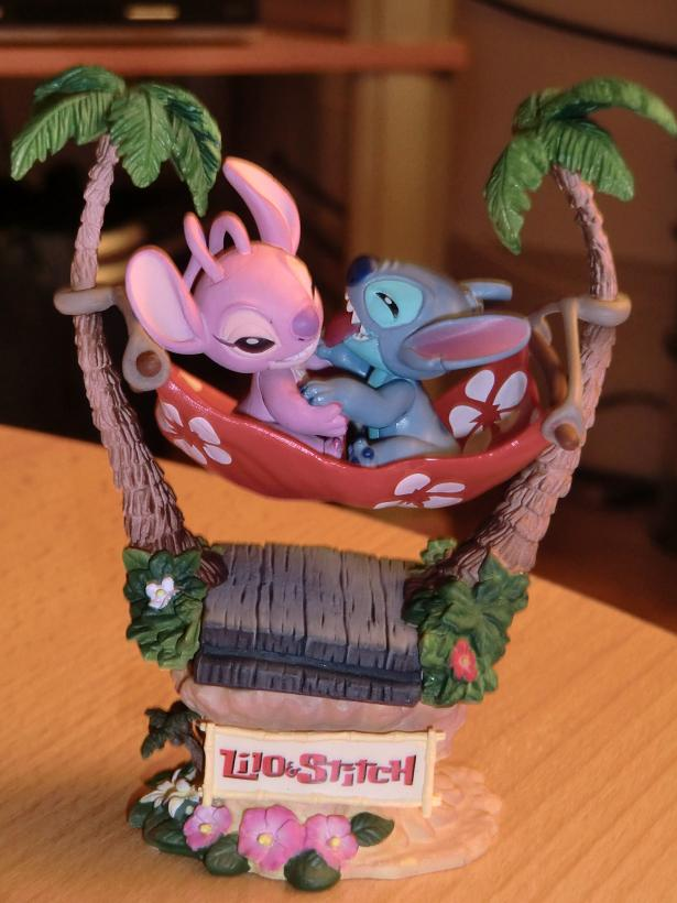 Lilo & Stitch - Page 4 Cimg1711