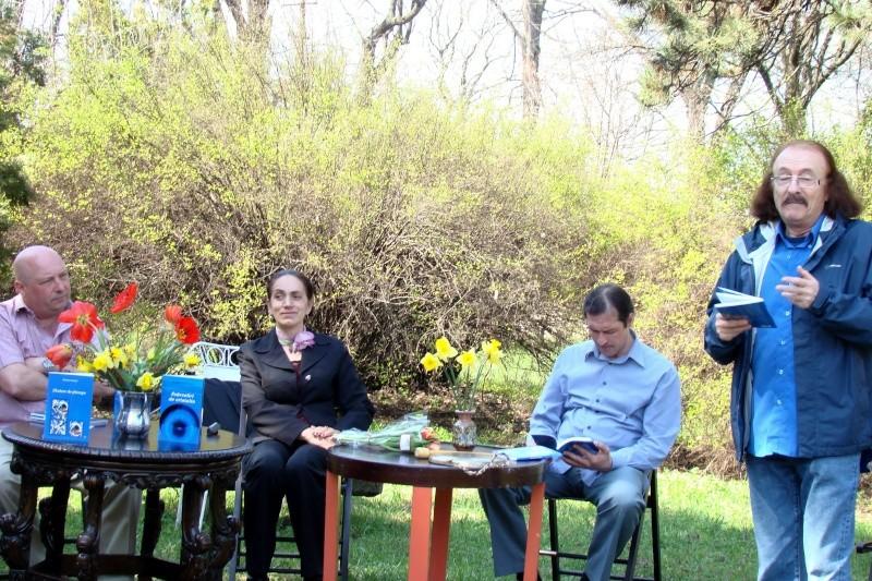 """Lansare """"Zvârcoliri de Cristalin""""- Florin Stratulat şi """"Zbatere de pleoape""""- Dorina Neculce- 20 aprilie 2013  Lansar13"""