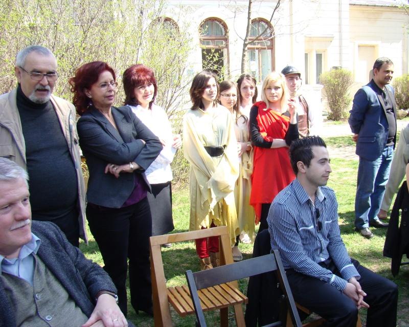 """Lansare """"Zvârcoliri de Cristalin""""- Florin Stratulat şi """"Zbatere de pleoape""""- Dorina Neculce- 20 aprilie 2013  Lansar71"""