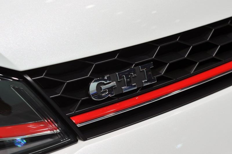 Golf 7 GTI - 05 mars présentation officielle au Salon de Genève 2013 (1/2) 09-20110