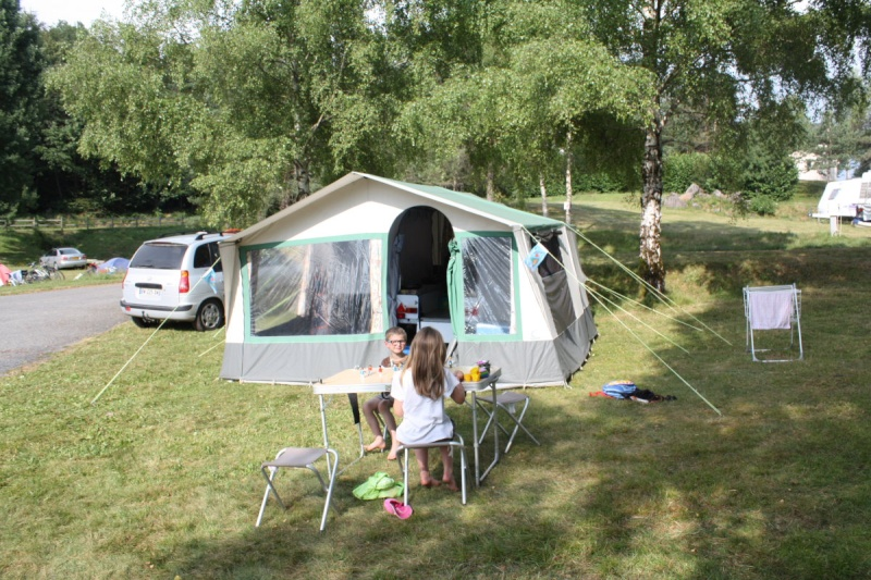 Camping municipal Tremouille -Auvergne Cantal  15-  Img_9610