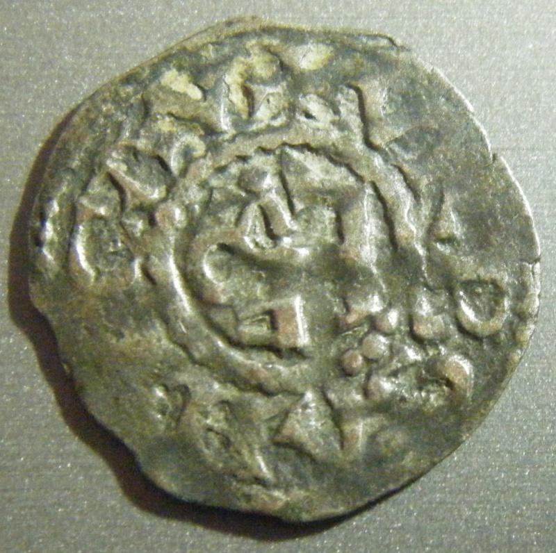 A identifier - Denier féodal d'Angers ? Dscf1415
