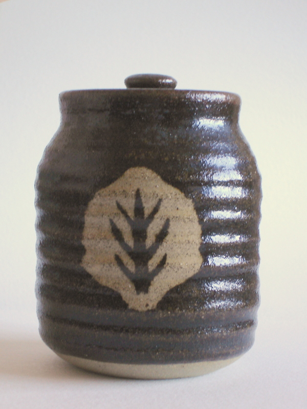 Studio pottery, covered jar with tree or leaf pattern; mystery bp mark Dsc07117