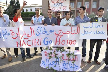 La marche d Essaouira le 20/1/2011 Naciri10