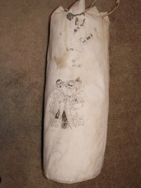 Navy Kit Bag with Artwork Pict0040