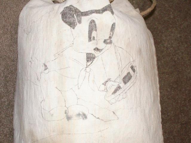Navy Kit Bag with Artwork Pict0042
