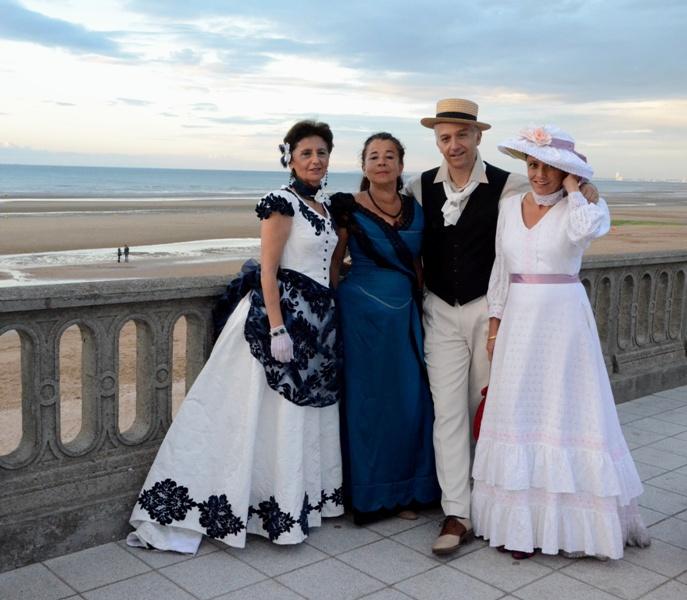 Notre weekend Belle époque a Cabourg ( photos) 4 et 5 aout 2012 - Page 2 Cabour18